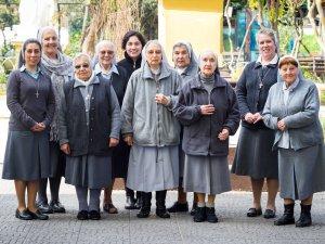 La comunidad de Hijas de Maria Auxiliadora en Liceo José Miguel Infante